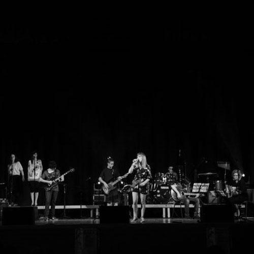 Corso di Band on Stage alla Scuola di Musica e Teatro Antonio Salieri Caselle di Sommacampagna Verona