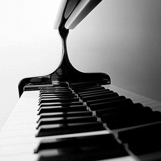 Corso di Pianoforte alla Scuola di Musica e Teatro Antonio Salieri Caselle di Sommacampagna Verona